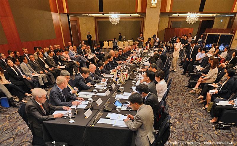 13-е заседание Российско-Корейской совместной комиссии по экономическому и научно-техническому сотрудничеству (The 13th Meeting of the Korrea-Rossia Joint Comission on Economic, Scientific and Technological Cooperation).