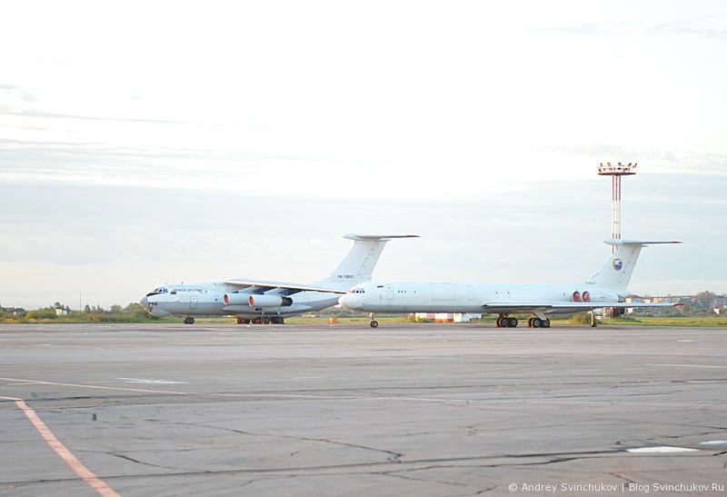 Самолеты и не только в аэропорту Хабаровска