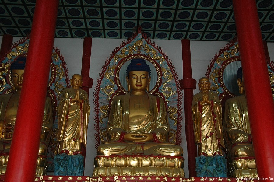 Буддийский храм в Хуньчуне