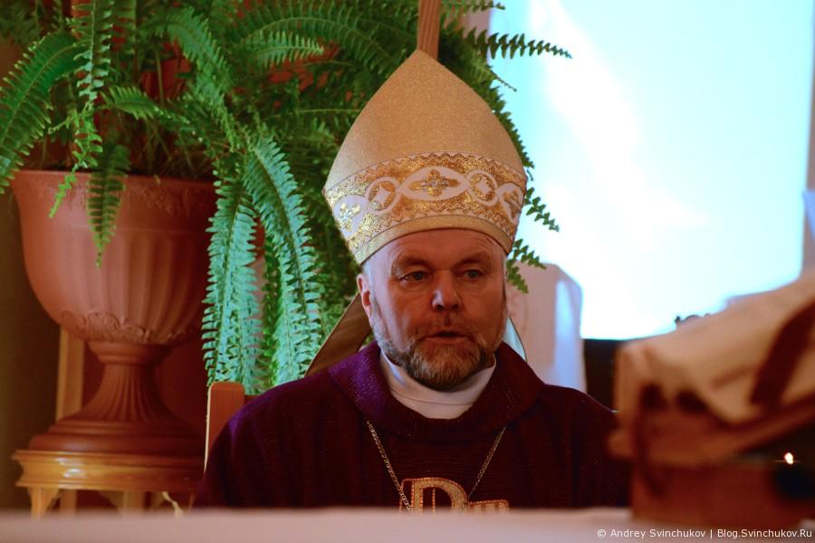 Служба в католической церкви