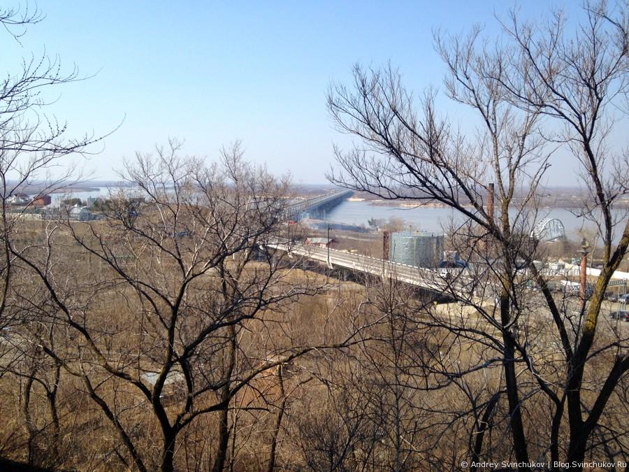 Возле Амурского моста