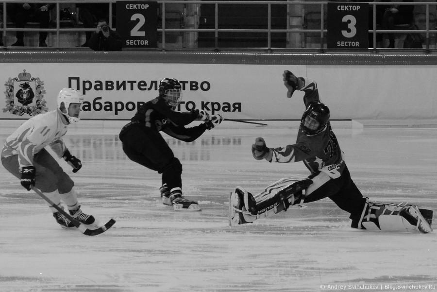"""Матч """"СКА-Нефтяник"""" - """"Уральский трубник"""" в черно-белом варианте"""