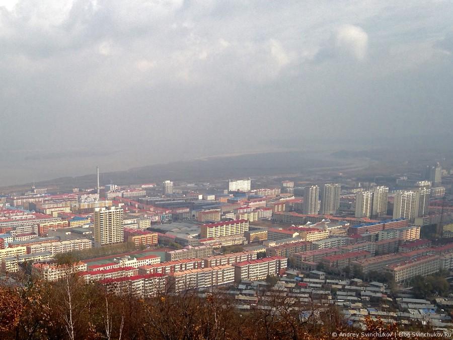 Телебашня Фуюаня и вид на город с высоты