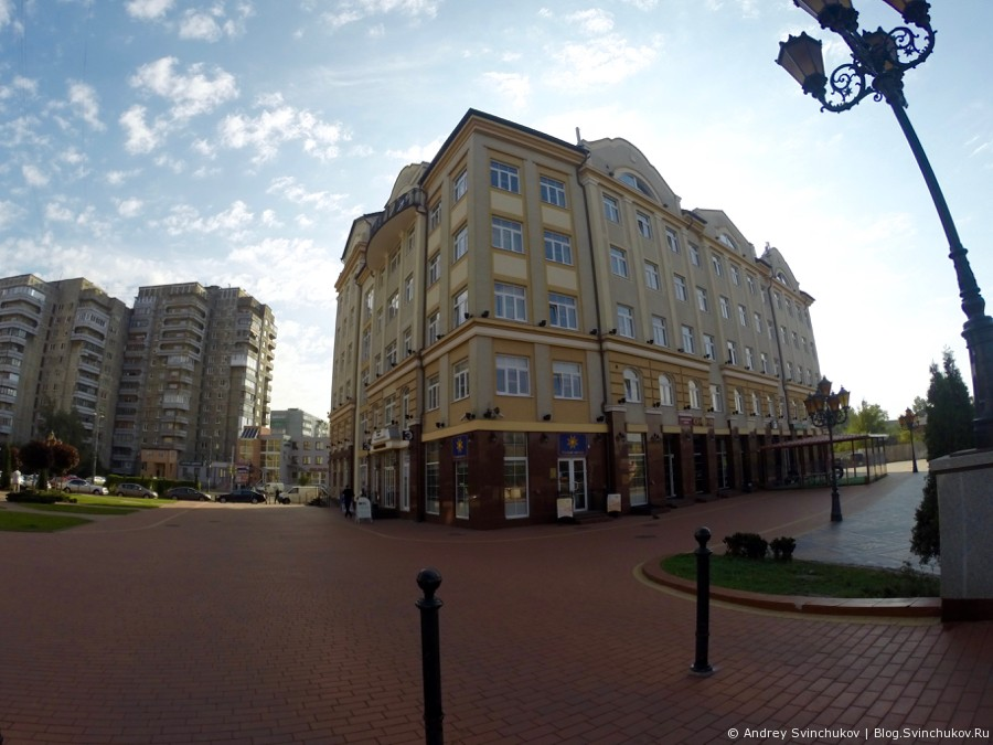 Калининград. Вдоль реки Старая Преголя