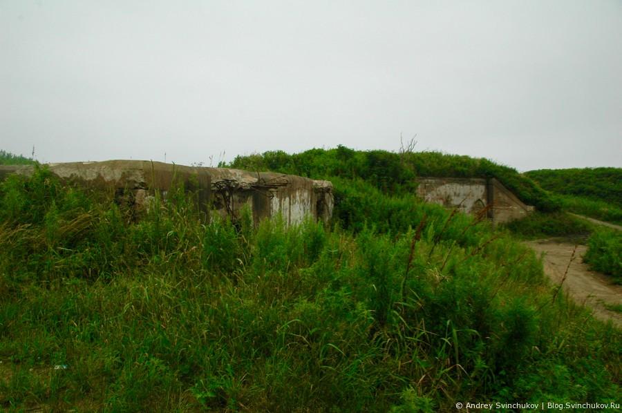 Море и сооружения на острове Русском