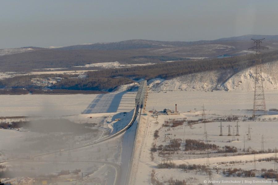 Заснеженные окраины города Комсомольска-на-Амуре с высоты