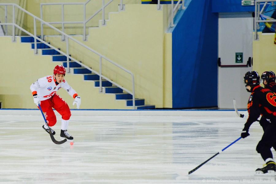 """Полуфинальный матч между командами """"СКА-Нефтяник"""" и """"Енисей"""""""