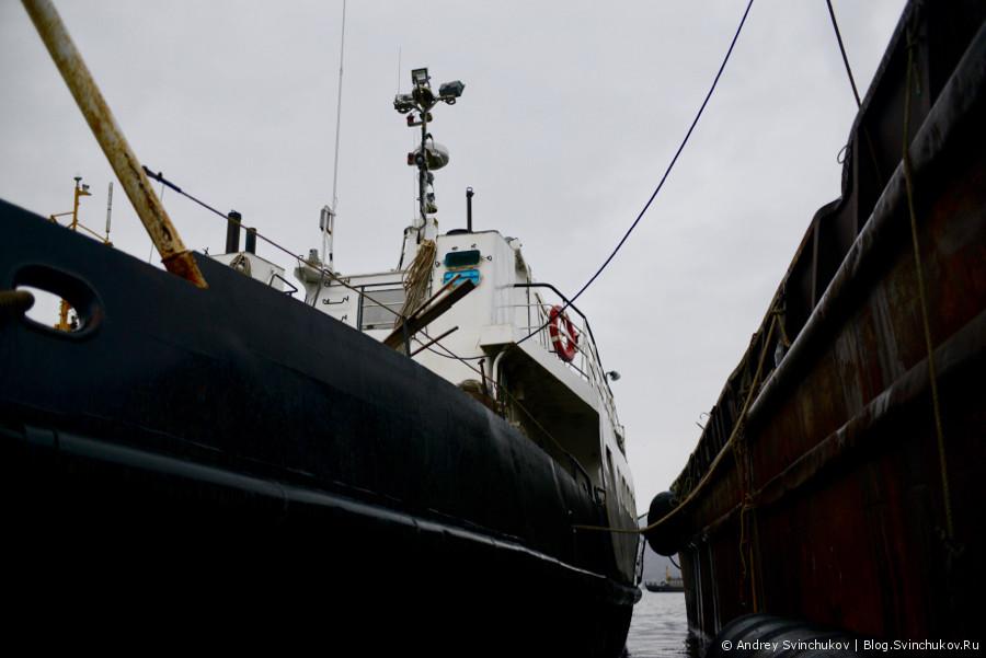 Магадан. Туристическое морское судно