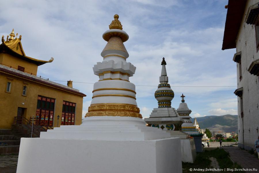 Монголия. Улан-Батор. Храмовый комплекс